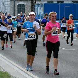 Tallinna Maratoni Sügisjooks 10 km - Merike Jaamul (3813), Age Kala (5225)