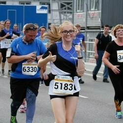 Tallinna Maratoni Sügisjooks 10 km - Kristi Tamm (3425), Carina Veervald (5183), Meelis Pernits (6330)