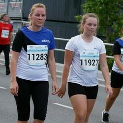 Tallinna Maratoni Sügisjooks 10 km - Age Kaljuorg (11283), Kathrine Sofie Haljamäe (11733), Elis Anete Saksman (11927)