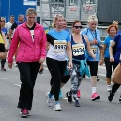 Tallinna Maratoni Sügisjooks 10 km - Astrid Sirel (8997), Agni Radik (9434)