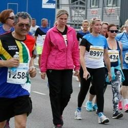 Tallinna Maratoni Sügisjooks 10 km - Astrid Sirel (8997), Agni Radik (9434), Trevor Maharage (12584)