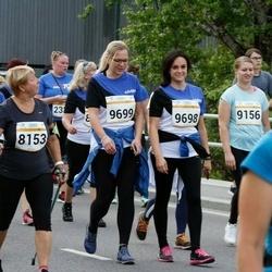 Tallinna Maratoni Sügisjooks 10 km - Ingrid Herrmann (8153), Regina Tirman (9156), Triin Hindrikus (9698), Birgit Veermäe (9699)