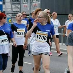 Tallinna Maratoni Sügisjooks 10 km - Berit Ränk (1708), Kristiina Agu (9224), Heidi Parkkanen (10959), Eha Nass (11052)