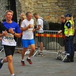 Tallinna Maratoni Sügisjooks 10 km - Renee Kermon (498), Andi Nõmmela (3699)