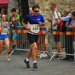 Tallinna Maratoni Sügisjooks 10 km - Aleksei Suhhovski (694), Mariliis Hänilane (1108)