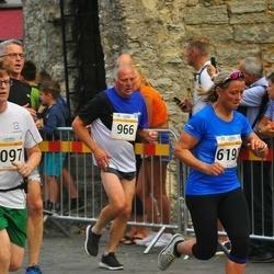 Tallinna Maratoni Sügisjooks 10 km - Aare Selge (966), Klaas Schippers (1097)