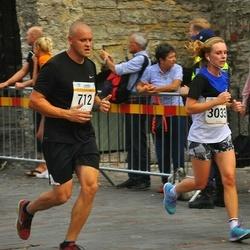 Tallinna Maratoni Sügisjooks 10 km - Reino Oago (712), Catherine Gibson (3033)