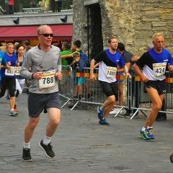 Tallinna Maratoni Sügisjooks 10 km - Aleksander Jaanson (424), Andres Soosalu (788), Rein Kruusat (1885), Arlis Pipenberg (4972)