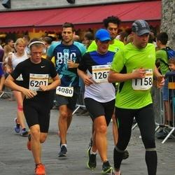 Tallinna Maratoni Sügisjooks 10 km - Erki Varbola (1158), Aron Valgmaa (6201)