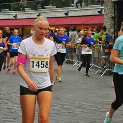 Tallinna Maratoni Sügisjooks 10 km - Anna-Maria Antsmäe (894), Kristiina Paumann (1458)