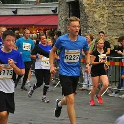 Tallinna Maratoni Sügisjooks 10 km - Inta Hansone (1742), Karel Nõmmiste (3113), Jarek Ojap (4227), Ander Leiste (6222)