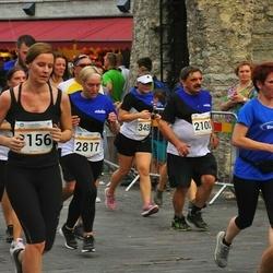 Tallinna Maratoni Sügisjooks 10 km - Arne Sarapuu (2100), Tetiana Novatska (2817), Evelin Edro (3156), Sofia Kruusalu (3488)
