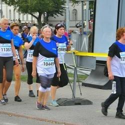 Tallinna Maratoni Sügisjooks 10 km - Anna Mõttus (10449), Airi-Anu Mugur (10889), Aili Tees (11357), Nelli Muskat (12510)