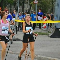 Tallinna Maratoni Sügisjooks 10 km - Anna Navay (10089), Elena Ivanova (10090)