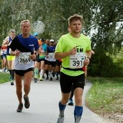 Tallinna Maraton - Maksim Shotin (391), Arnold Laasu (2669)