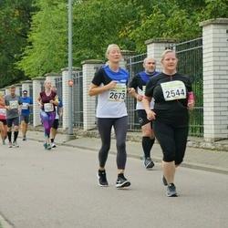 Tallinna Maraton - Lilla Haapakoski (2544), Annika Sutt (2673)