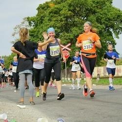 Tallinna Maraton - Elina Jokela (2352), Annika Raevaara-Marjanen (2392)