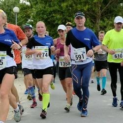 Tallinna Maraton - Ari Karhinen (610), Lagle Vetemäe (635)