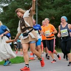 Tallinna Maraton - Tiina Barrett (2072), Annika Raevaara-Marjanen (2392), Raoul Björn (4200)