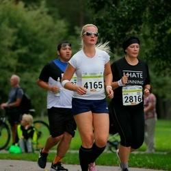 Tallinna Maraton - Olga Schellenberg (2816), Agate Ziverte (4165)