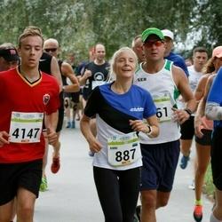 Tallinna Maraton - Anni Oja (887), Denis Turilov' (4147)