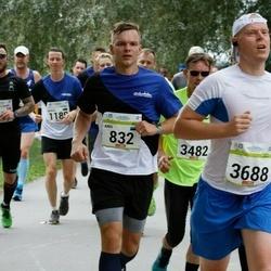 Tallinna Maraton - Andi Aavik (832), Jukka Hägg (3688)