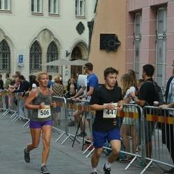 Tallinna Maratoni Sügisjooks 10 km - Nikita Hmelnitski (447), Agne Kivisaar (506)