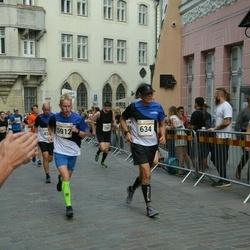 Tallinna Maratoni Sügisjooks 10 km - Simmo Põllu (634), Artur Simmo Kaitsa (5912)