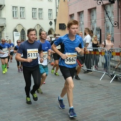 Tallinna Maratoni Sügisjooks 10 km - Arno Lauk (5113), Ikonnikov Anton (5662)