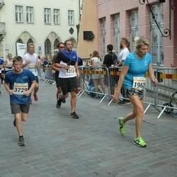 Tallinna Maratoni Sügisjooks 10 km - Vytaute Budriene (1962), Andre Jermakov (3729)