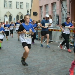 Tallinna Maratoni Sügisjooks 10 km - Andero Piperal (2051)