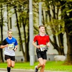 Tallinna Maraton - Artem Cherepanov (234), Karl Laasik (344)