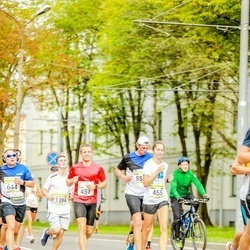 Tallinna Maraton - Annika Meos (455), Rauno Õismaa (457)