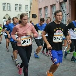 Tallinna Maratoni Sügisjooks 10 km - Artur Müür (3670), Mari-Liis Sammul (3671)