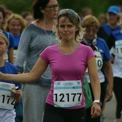 Tallinna Maratoni Sügisjooks 10 km - Emilia Peterson (12172), Aet Peterson (12177)