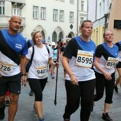 Tallinna Maratoni Sügisjooks 10 km - Maarja Mälberg (8595), Annika Roost (9401)