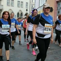 Tallinna Maratoni Sügisjooks 10 km - Katrin Männiste (8244), Anita Teearu (10486)