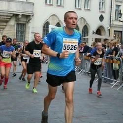 Tallinna Maratoni Sügisjooks 10 km - Aleksandr Budarnõi (974), Veronika Kaarna (1305), Arnold Viinamäe (5526)