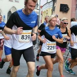 Tallinna Maratoni Sügisjooks 10 km - Arnold Himma (728), Harri Reiman (839), Grete Piir (2291)