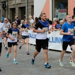 Tallinna Maratoni Sügisjooks 10 km - Tiina Himma (696), Christina Kallas (1211), Erki Laimets (6767)