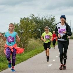 III Ultima Thule maraton - Karin Jõgi (312), Kristen Meier (313), Elerin Meier (314)
