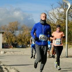 Pärnu Rannajooks - Marju Lepmets (254), Mart Rannastu (684)