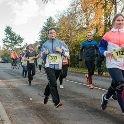 45. Saaremaa kolme päeva jooksu noortejooks - Suvi Oksanen (112), Laura Oksanen (313)
