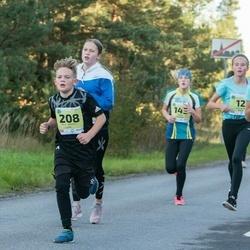 45. Saaremaa kolme päeva jooksu noortejooks - Herta Kesküla (143), Kaisa-Maria Oll (179), Reio Markkus Lepp (208)