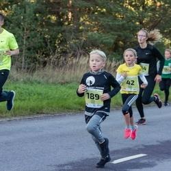 45. Saaremaa kolme päeva jooksu noortejooks - Marit Tarm (42), Juss Susi (189), Tristan Talts (212)