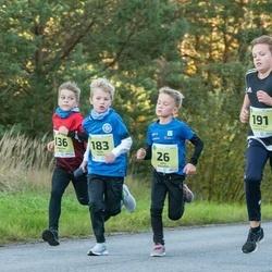 45. Saaremaa kolme päeva jooksu noortejooks - Arto Kaljumäe (26), Urban Aik Sild (136), Karel Mahla (183), Larsen-Klaus Tammepuu (191)