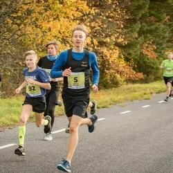 45. Saaremaa kolme päeva jooksu noortejooks - Kārlis Dieviņš (5), Risto Kalju (92), Rasmus Hummal (108)