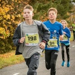 45. Saaremaa kolme päeva jooksu noortejooks - Richard Marcus Arge (94), Andrei Sten Õunpuu (198)