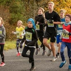 45. Saaremaa kolme päeva jooksu noortejooks - Marit Tarm (42), Kaur Kannel (75), Romet Reimal (215)