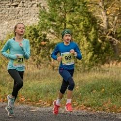 45. Saaremaa kolme päeva jooksu noortejooks - Stella Paltiņa (98)